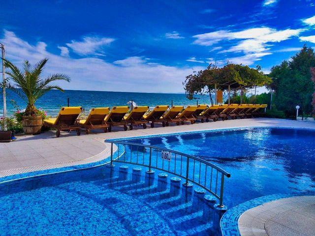 Aphrodite Beach Hotel